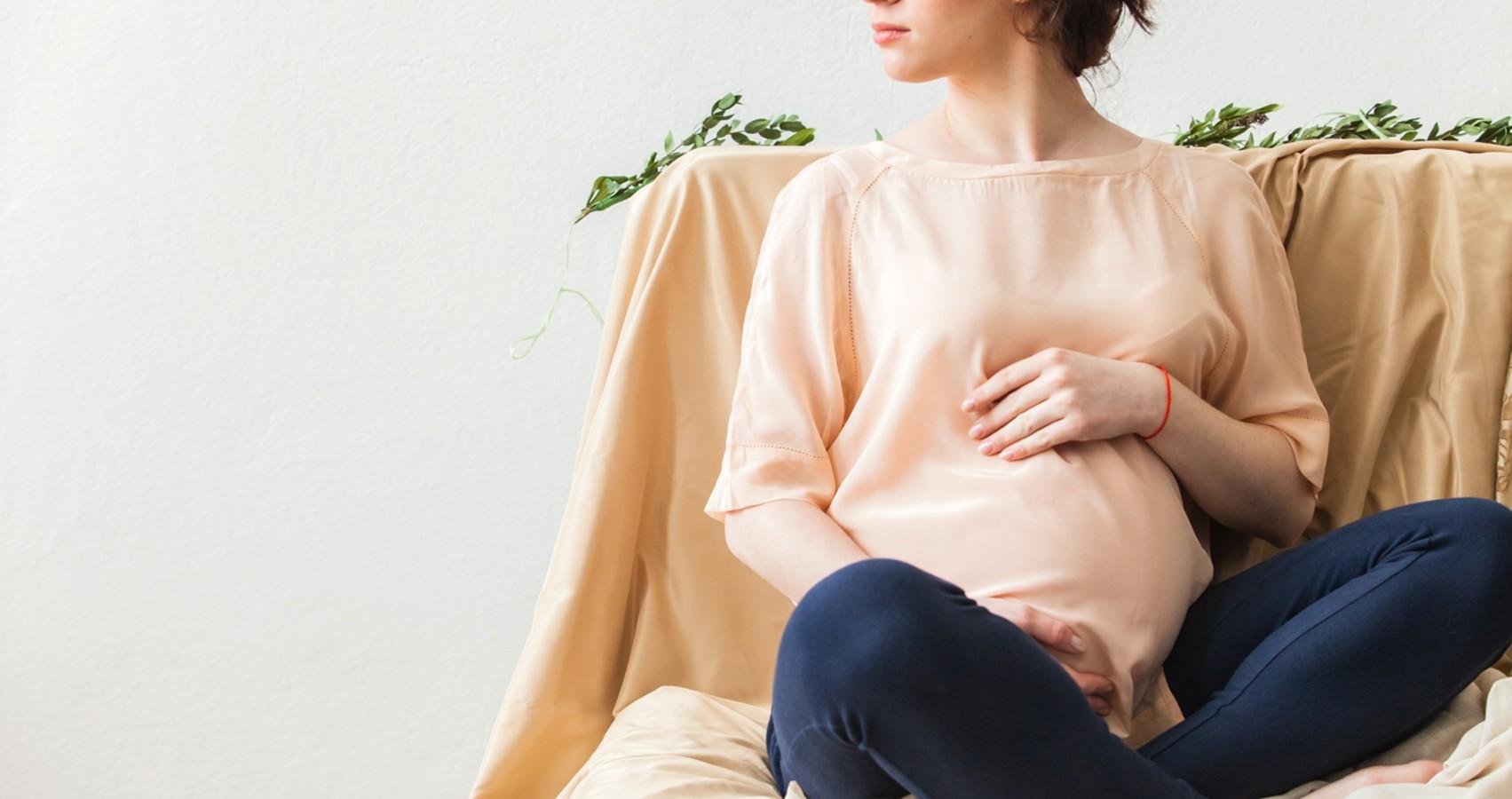 Женщина на восьмом месяце беременности рассказала о страхах из-за коронавируса