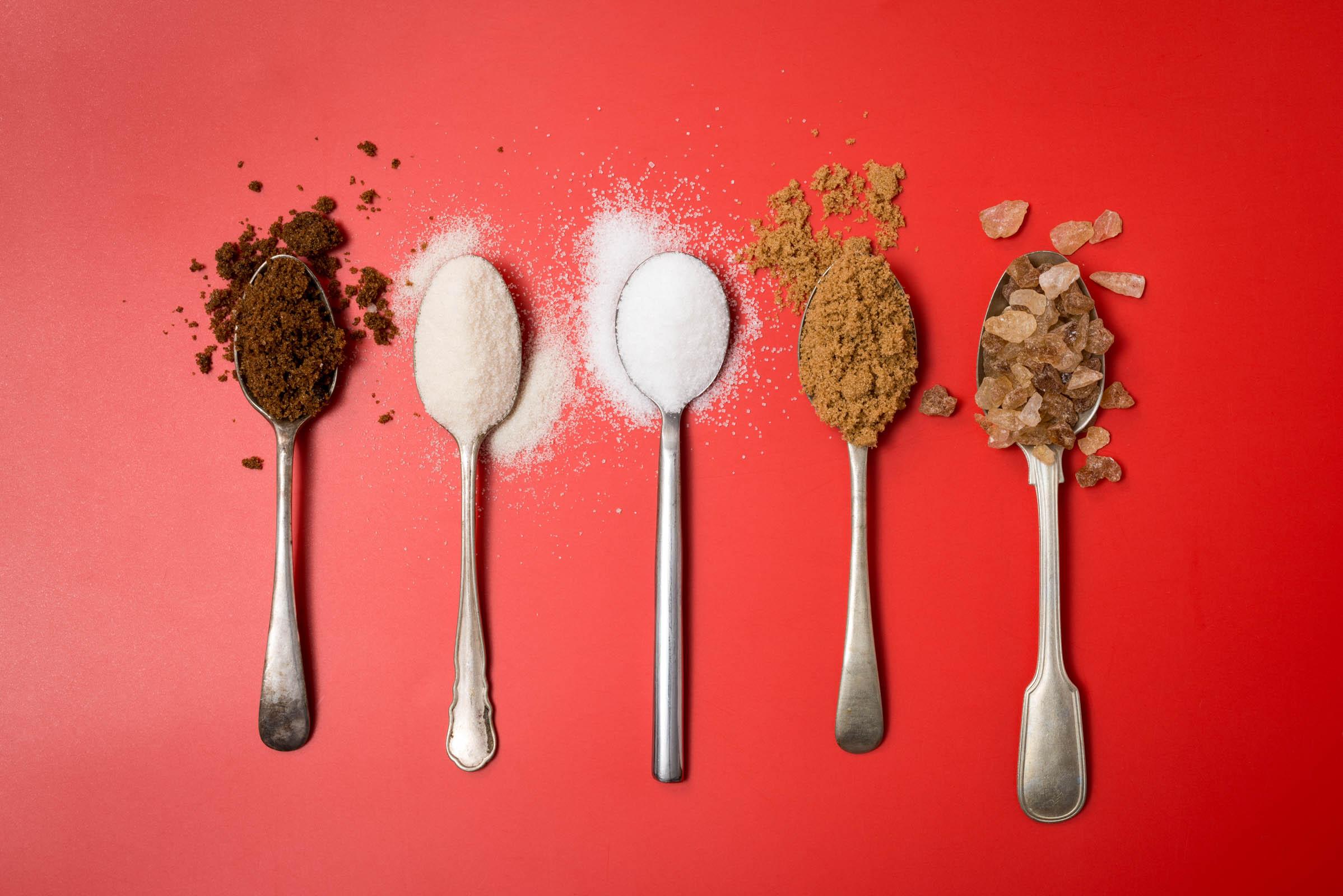 Как мы съедаем 40 ложек скрытого сахара в день