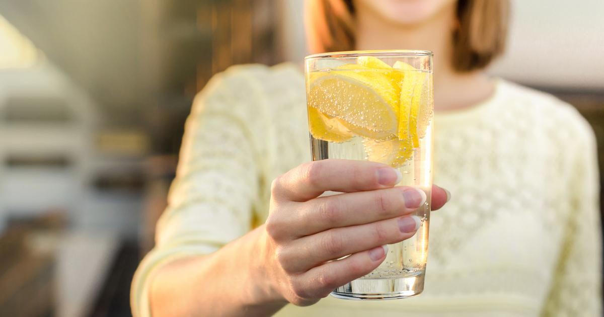 Можно ли пить воду с лимоном каждый день?