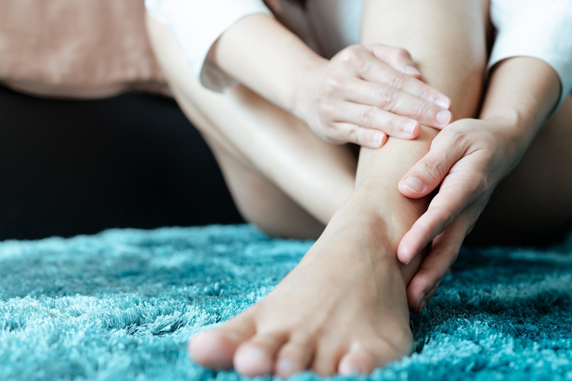Что нужно знать о синдроме беспокойных ног?