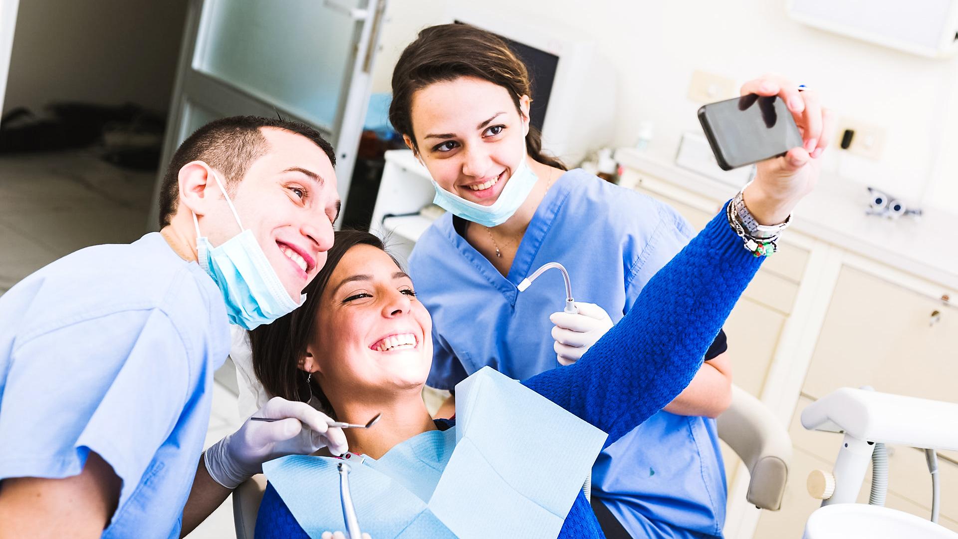 Три вещи, по которым легко отличить хорошего стоматолога от плохого