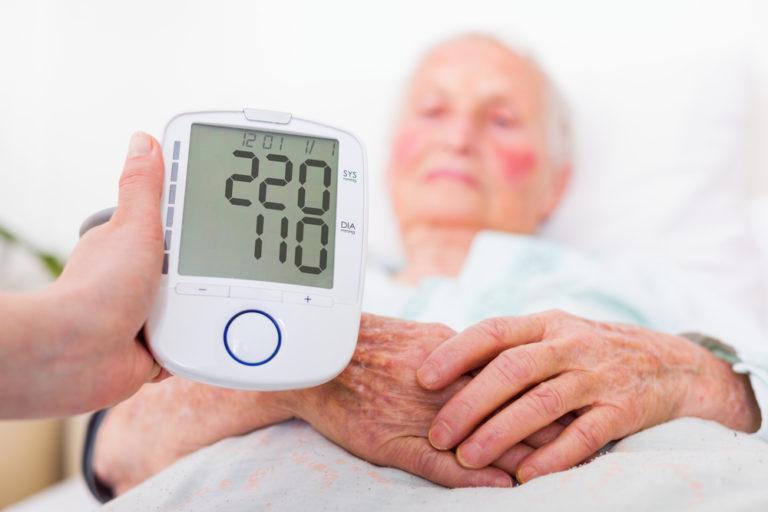 В чем опасность высокого кровяного давления?