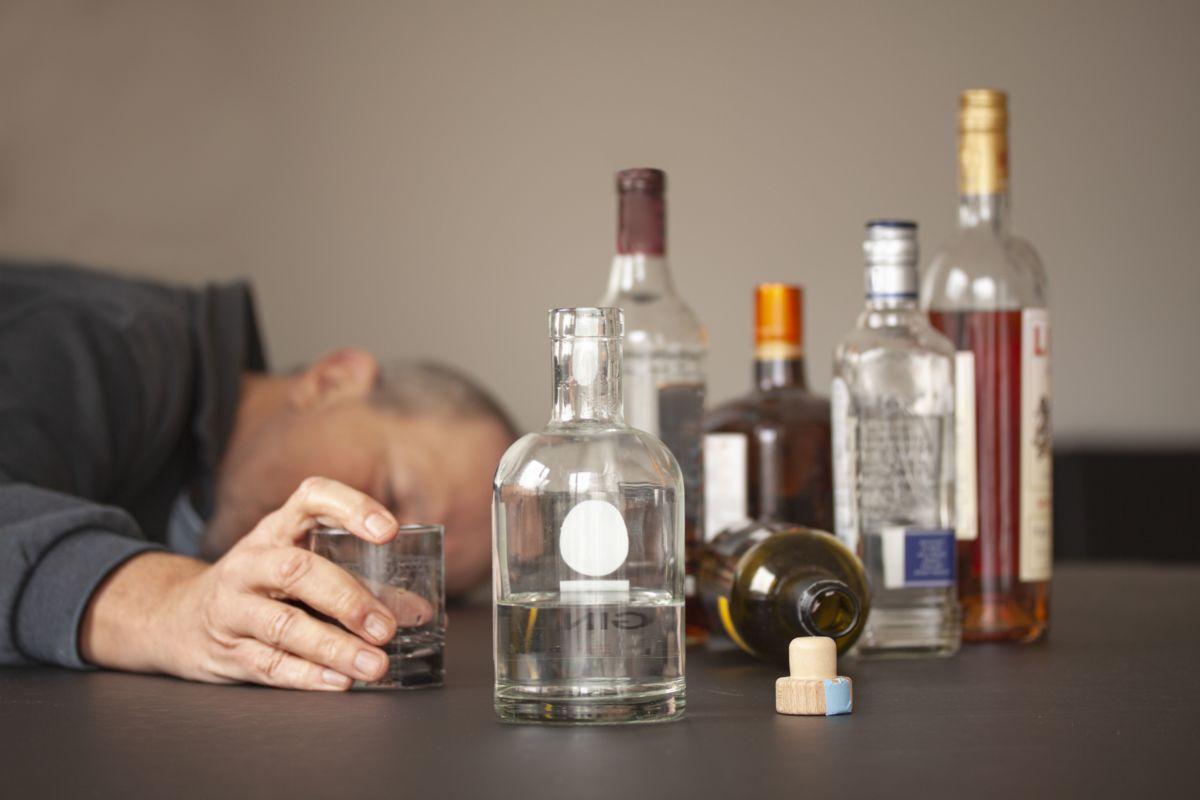 Как алкоголь влияет на организм после 40 лет